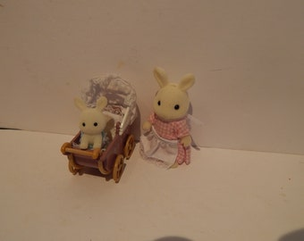 Vintage Calico Critters Connor's and Kerri's Carriage Ride