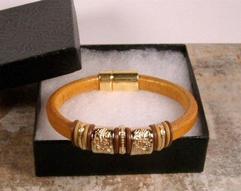 Women's Tan Licorice Leather bracelet - Gold Plated sliders - Gold Small Dots Sliders - Magnetic clasp - Wrist size 6 1/4 to 6 1/2 inchs