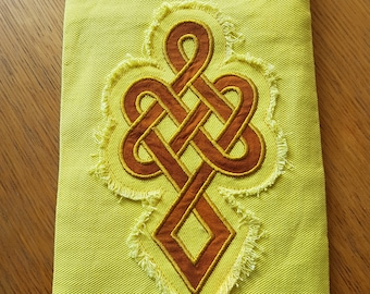 E-reader Cover, Notebook Cover, Tablet Cover, Celtic Applique, Jeans Applique, 17 by 25 cm (6,7 by 9,8 inch)