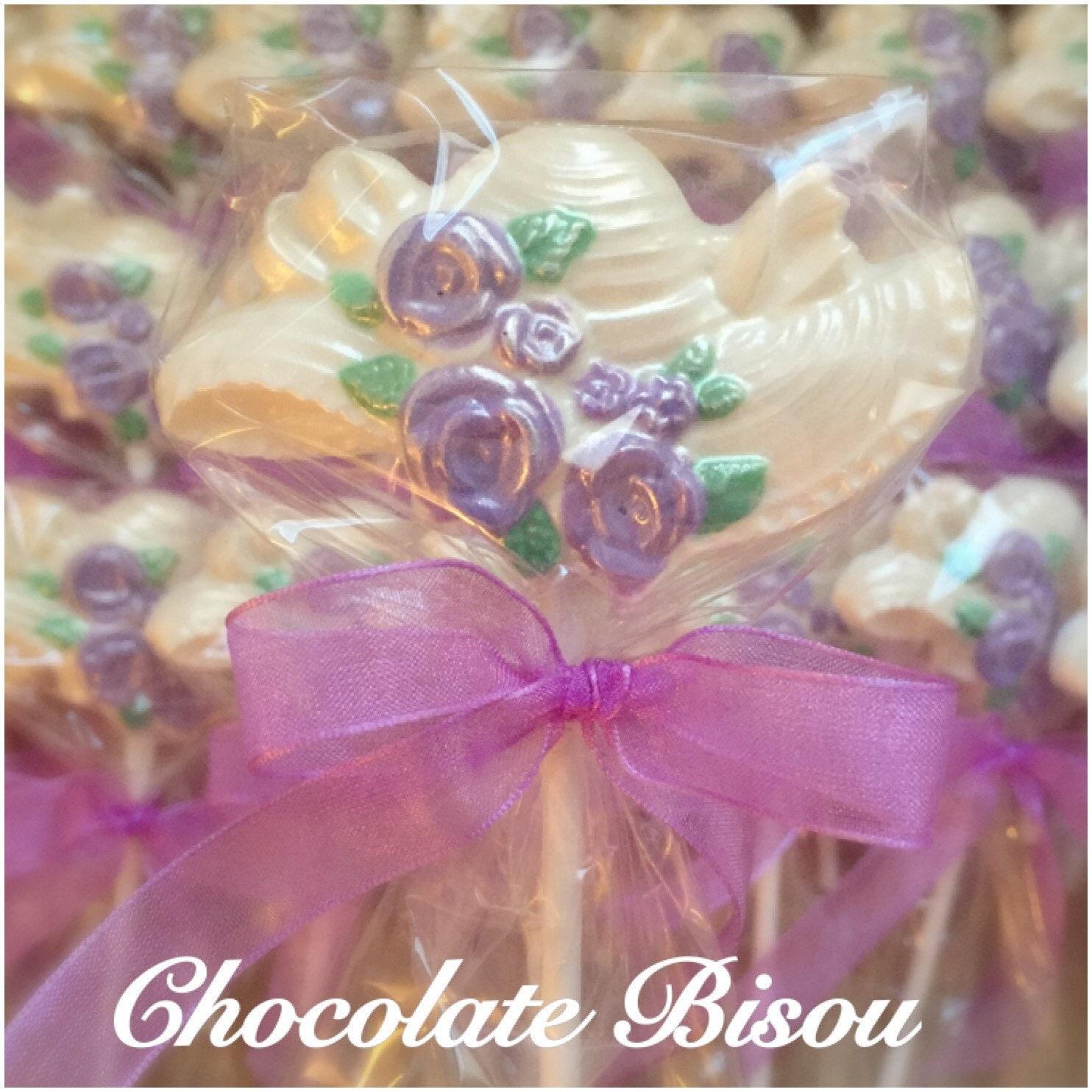 Unique Wedding Favors Floral Hat Chocolate Lollipops for
