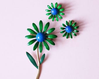 A Pretty Green And Blue 1960s Enamel Stem Flower Brooch With Matching Clip On Earrings - Made In USA