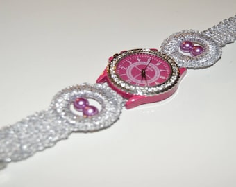 Silver and pink watch made in crochet