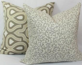 Platinum gray ivory throw pillow cover 18x18 20x20 22x22 24x24 26x26 Euro sham Lumbar 12x20 12x24 14x26 16x24 16x26 Silver gray pillow Linen
