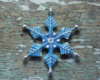 Glow in the dark Snowflake ornament in silver pewter