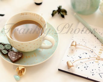 Instagram Square / Mint Green Desk & Lifestyle Stock Image / Stock Photo / Styled Stock Photography / Flatlay / Frankly Photos File #4sq