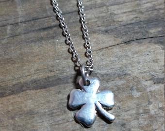 Vintage Shamrock Clover Necklace, Silver Tone Pendant Chain