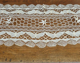 Vintage Lace Table Runner, Butterflies, 36""