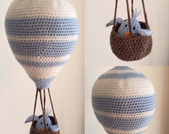 Balloon baby mobile