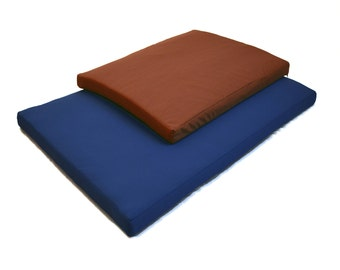 """Waterproof Washable Dog Bed Kennel / Crate Pad: Stain-Resistant  (Medium 27""""x 20"""" x2"""")"""