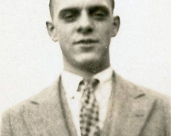Vintage 1920s Original photo Young Man looking good in his Suit  ~ B9 from the USA