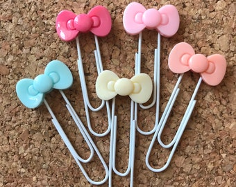 Hello Kitty Bow Planner Clip