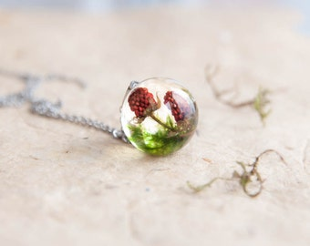 Strawberry Necklace ⇷18mm⇸ Real fruit jewelry vegan gift | Real strawberry pendant | vegan necklace Strawberry fruit pendant birthday gift