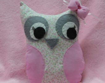 Little owl (OWL) cushion pink fabric and felt for eyes
