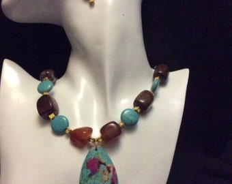 Genuine Turquoise and Agate necklace with matching earrings