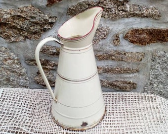 Vintage Enamel Pitcher, French Country Décor, Rustic Water Jug, Farmhouse Kitchen, Cream Enamelware