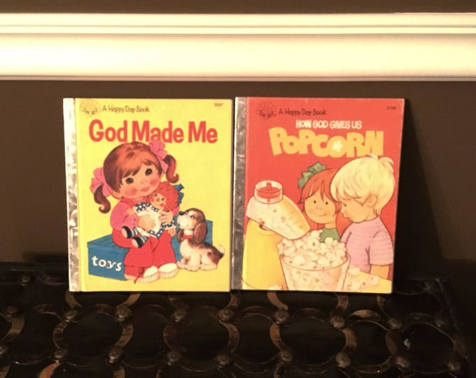 LOT of Two (2) HAPPY DAY Books Vintage 1981, 1984 Christian Story Books