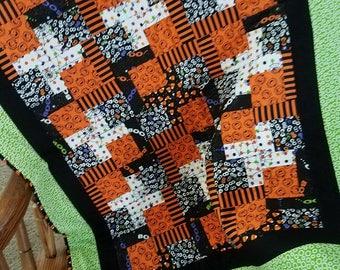 BOOO!  Cute Halloween lap quilt!