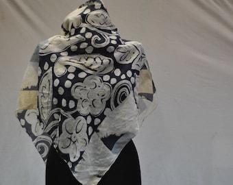 Vintage SILK scarf abstract flower pattern .....(836)