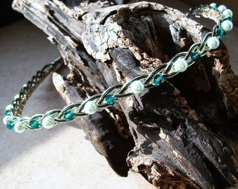 Irish Celtic Knot Wedding Headband Emerald Bridal Halo Circlet Boho Wedding Spring Wedding