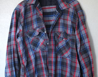 vintage blue plaid checkered lumberjack flannel button up shirt