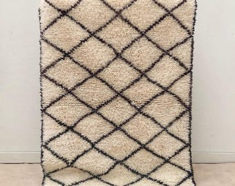 "Beni Ourain rug, Moroccan rug, ""B16"", Moroccan rug, Berber rug, Mid century modern rug, Handmade rug, Wool rug, Beni rug"