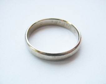14k White Gold Wedding Band, 4mm wide, Has Inner Engraving, 1980, Size 9, Budget Wedding