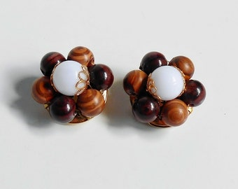 Brown Bead Cluster Earrings White Gold Wood Grain Vintage Clip On Signed Hong Kong