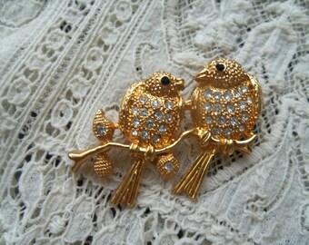 Gold Tone Rhinestone Lovebirds Brooch