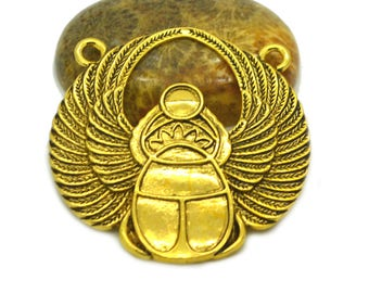 Connector Egyptian scarab 42x41mm antique gold