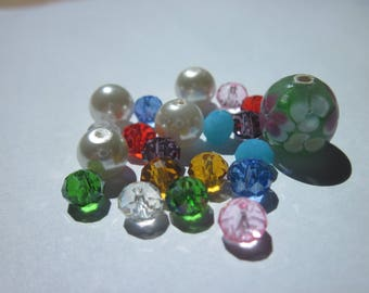 21 round and oval glass beads multicolor (PV58-2)