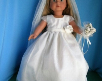Wedding Ensemble for 18 inch dolls, includes Dress, Veil, High Heeled Shoes, Bouquet, Tights, and Garter