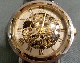 Gold/White Watch
