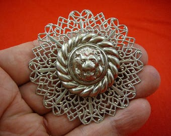 roaring Lion head with round circle rope on filigree scrolled circle rhodium silver tone pin brooch BR-291