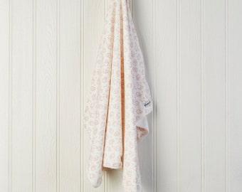 Pink Baby blanket - New Baby Gift - Newborn gift
