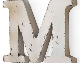 Letter M Antique ivory-colored metal 37X5X30 cm