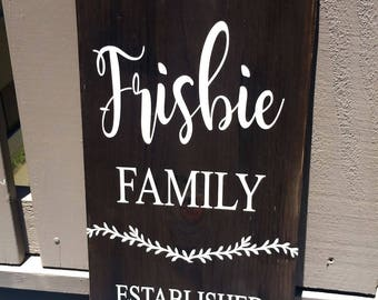 Last name sign, Wood sign, Family name sign, Established sign, Personalized sign, Family sign, Wedding sign, Wedding gift, Anniversary sign