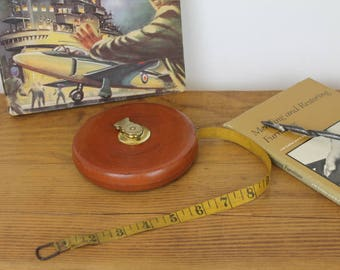 Leather Measuring Tape/Vintage Lufkin Rule Co/American Surveyors Measuring Tape/SALE (Ref1959F)