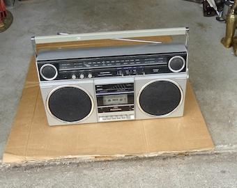 vintage panasonic boombox cassette player/recorder ghetto blasters,portable stereo radio am fm,80s retro