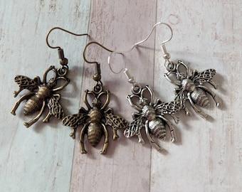Wasp earrings, insect earrings, summer earrings, bee earrings, bumble bee earrings, beekeeper gifts, summer jewellery, bee jewelry,