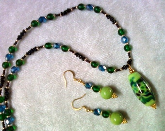 Green, Blue and Black Necklace and Earrings (1107)