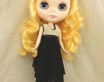 blythe doll, blythe dress, knitted dress, black dress