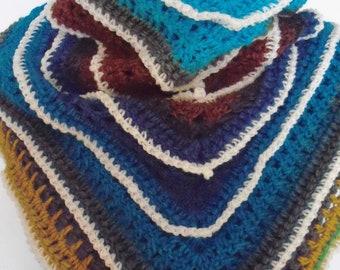 women's crochet shawl/scarf   CS1314