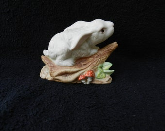 Hand painted Figurine: Bisque Bunny