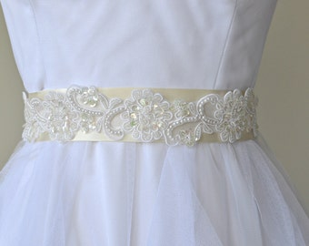 Wedding Sash/Belt,Bridal Sash,lace Sash,Beaded Sash,Satin Wedding Sash,bridemaid sash,bridal accessory,bridal dress,wedding dress, WB402