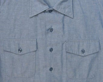 Vintage 1990s US Navy Chambray Uniform Shirt ~ size M ~ Made in USA ~ USN ~ Military ~ Work Wear