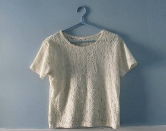 ON SALE Vintage Creamy Beige Textured Lace Top / Racy- Lacy Short-Sleeve Shirt / Size small to medium