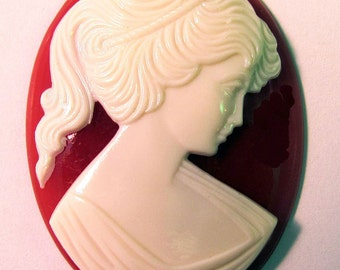 Ivory Carnelian Lady Cameo Cabochon 40X30 mm