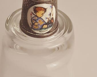 1984 Hummel Surprised Baby Collectors Thimble