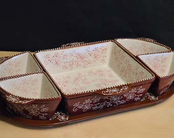 Temp-Tations Adaptables FLORAL LACE Cranberry Serving Set, 6 Pcs, Sqare Baker 4 Ramekins, Tray, Cranberry Brown Dots
