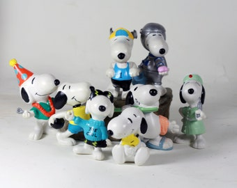 Vintage Snoopy Figurines - Instant Collection - PVC Peanuts miniatures